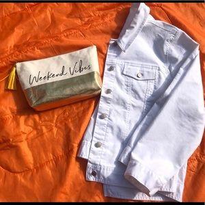 Crisp White Denim Jacket 🌼🌻